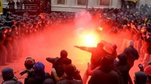 Disturbios-en-Ucrania-600x337