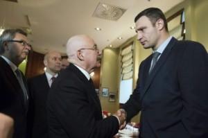 Klitschkó-condena-la-tremenda-agresión-de-Rusia-en-Crimea-400x266